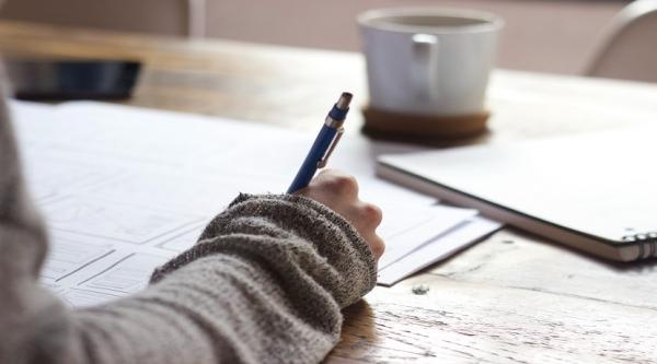 Klasse 7b zeigt Fantasie  – Kreatives Schreiben in Zeiten von Corona