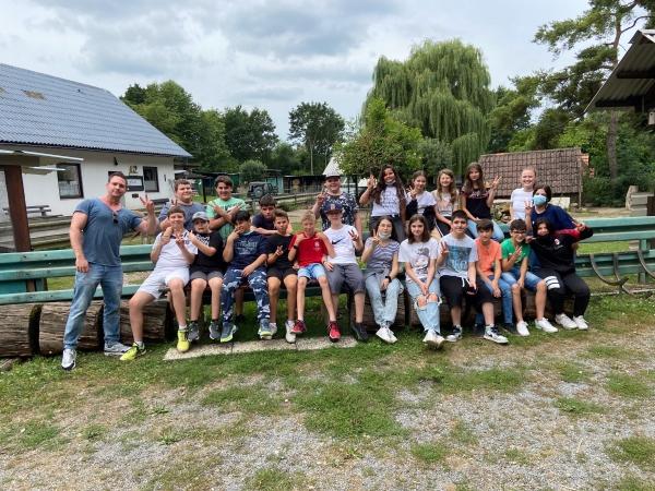 Die Klasse 6a besucht den Tierpark in Mingolsheim