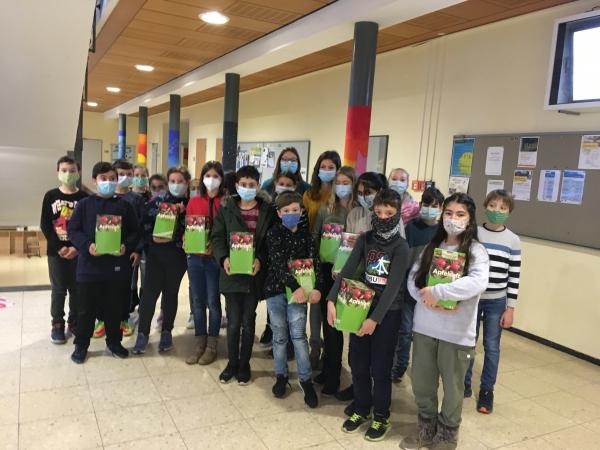 Lernort Streuobstwiese: Langfristiges Projekt der Klasse 5c der Realschule Bad Schönborn